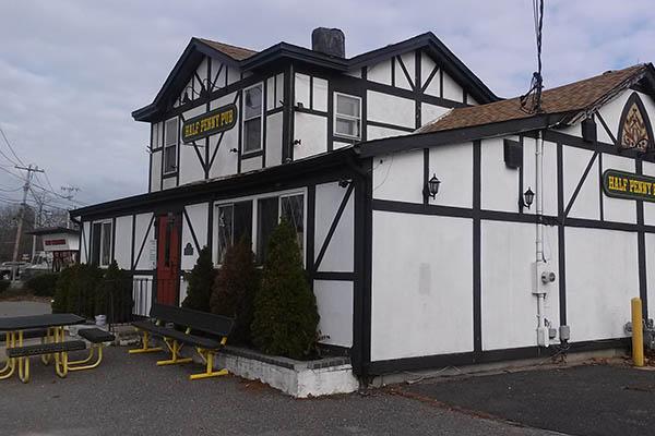 Half Penny Pub<br>Sayville, NY