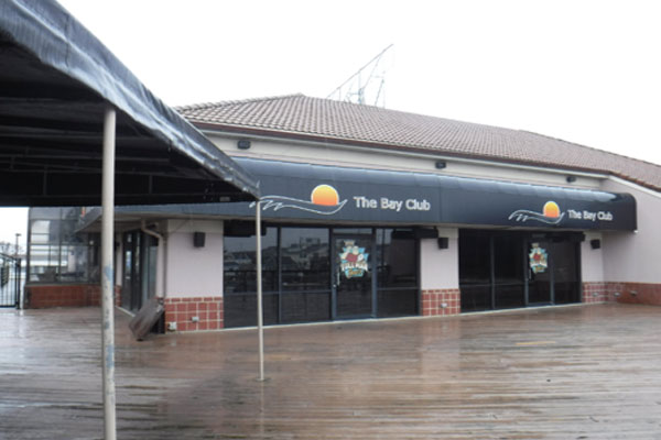 Toll Man Joe's Bayside – The Bay Club